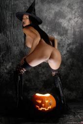 pizda halloween sexy